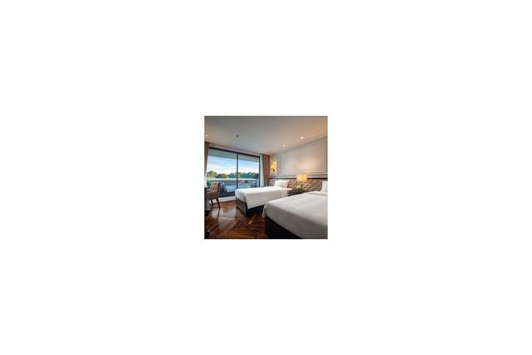 Junior Suite with Private Balcony (double room)