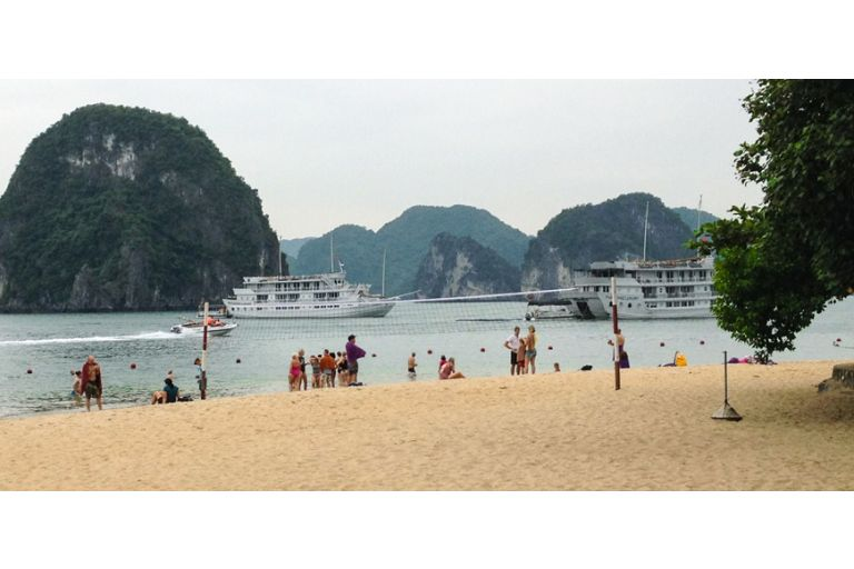 Hanoi - Halong (5 Days - 4 Nights)